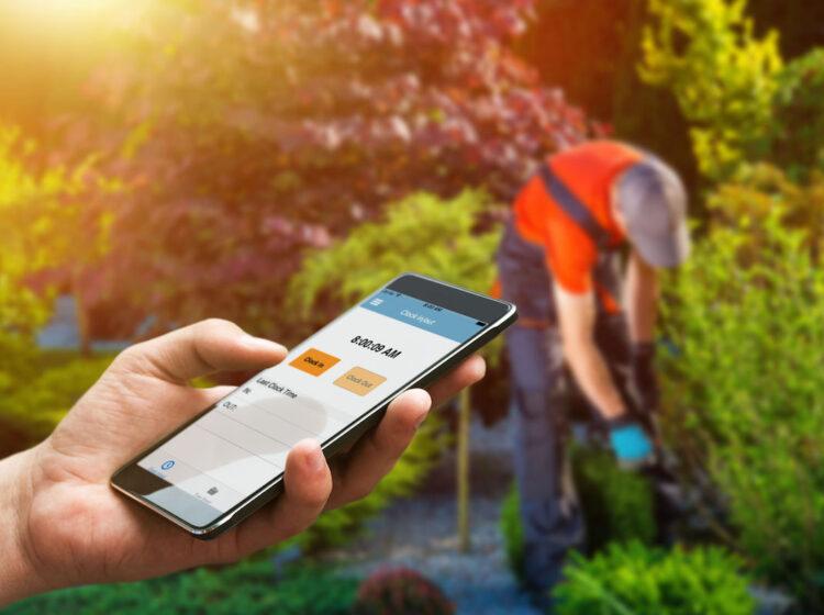 lawn care app ezclocker